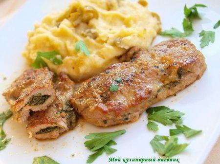 Шницели из телятины с зеленым маслом