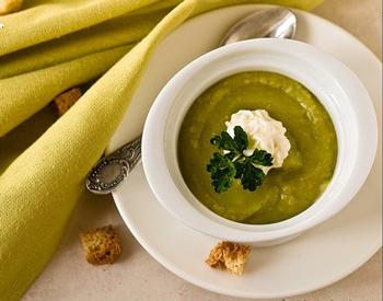 Весенний суп-пюре с зеленым горошком