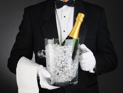 Вино и шампанское разрешат рекламировать