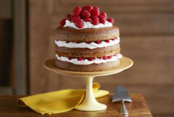 Тыквенный торт с малиной