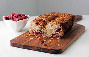 Малиново-миндальный пирог