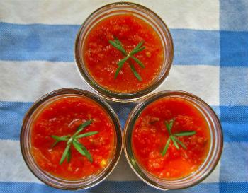 """Салат на зиму из моркови """"Оранжевое чудо"""""""