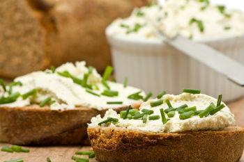 Бутерброды в духовке с сырковой массой
