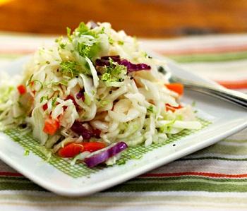 Салат из капусты и сладкого перца на зиму