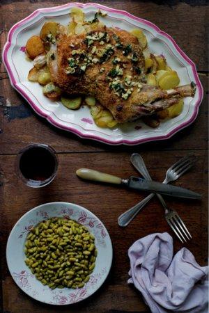Жаркое из баранины с картофелем, зеленью и чесноком
