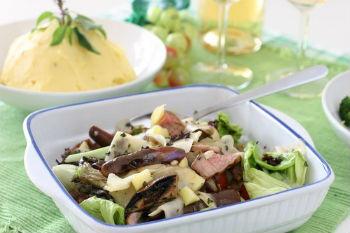 Салат с маринованными опятами и свининой