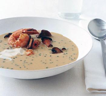 Грибной крем-суп с креветками