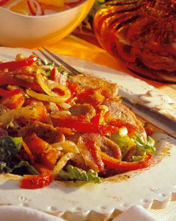 Свинина стир-фрай со сладким перцем