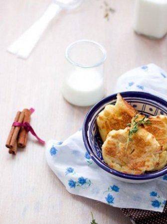 Вкусные сырники из творога с яблоками