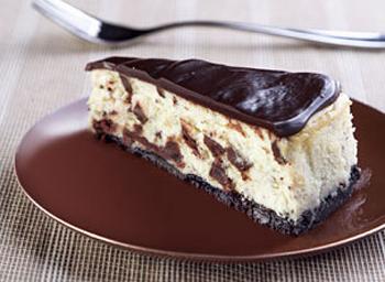 Торт сметанный с орехами