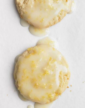 Печенье в лимонной глазури