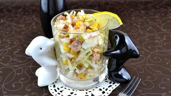 Салат из капусты и тунца
