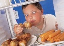 Родители сами провоцируют развитие ожирения у детей