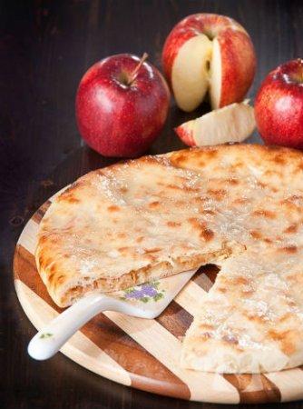 Осетинский пирог с яблоками