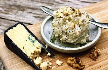 Дип для бутербродов из голубого сыра