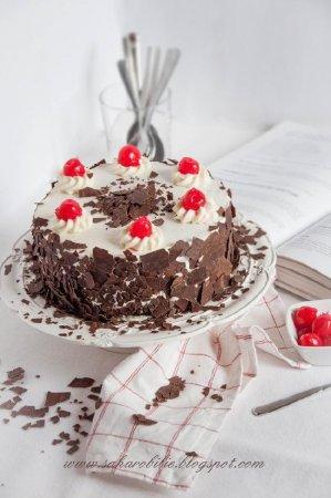 Schwarzwlder Torte (торт «Чёрный лес»)