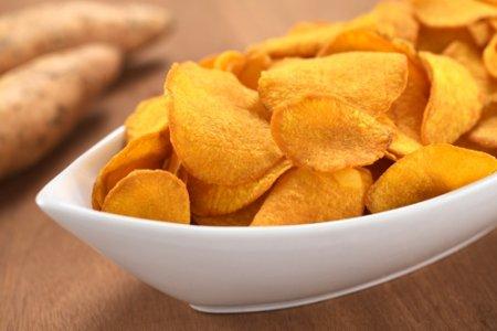 Почему чипсы не стоит давать детям?