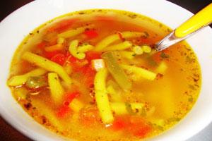 Суп из стручковой фасоли с овощами