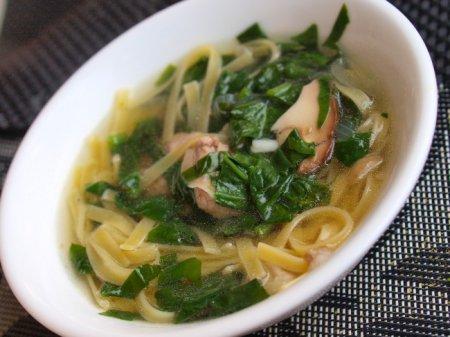Суп из свинины с яичной лапшой