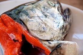 Уха из лосося