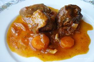 Курица жареная с морковью