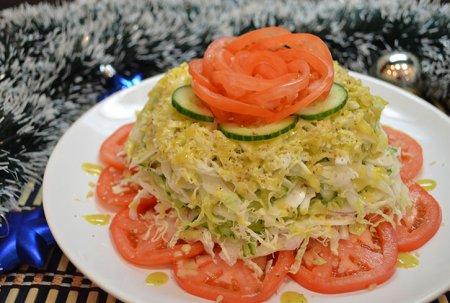 Слоеный капустный салат