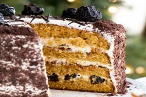 Сметанный торт с черносливом