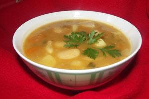 Суп куриный с фасолью