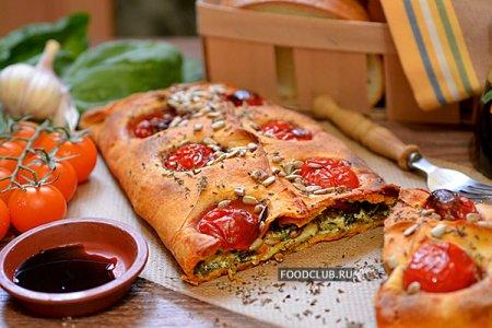 Красный пирог со шпинатом