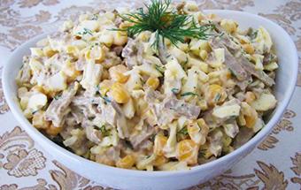 Салат с печенью и луком
