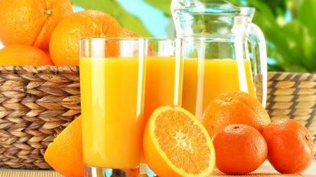 Что полезнее – апельсиновый сок или апельсины?