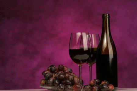 Виноград и красное вино поддерживают работу памяти