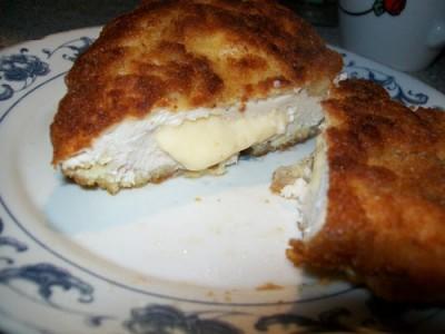 Куриные грудки, фаршированные сыром