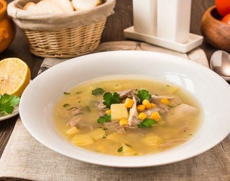 Суп из курицы по-римски