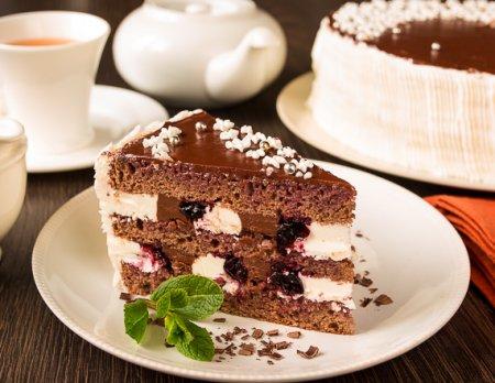 """Торт """"Смородина в шоколаде"""""""