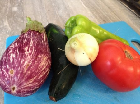 Салат из овощей-гриль