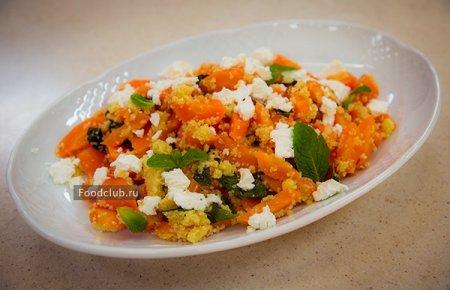 Тёплый салат с печёной морковью
