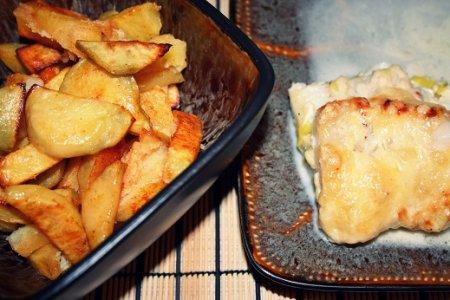 Рыба в духовке с майонезом и луком