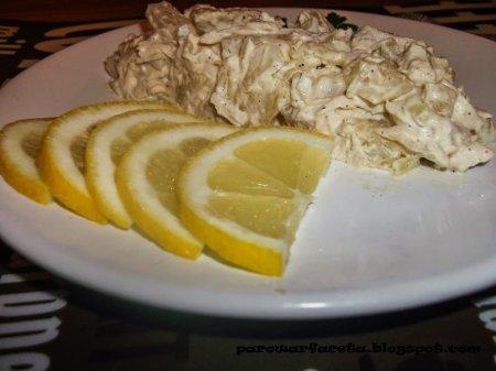 Ананасовый салат с курицей