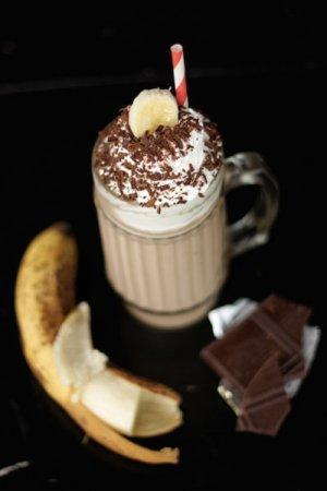 Холодный банановый кофе с мороженым