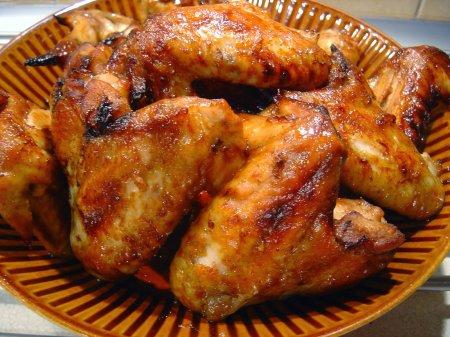 Куриные крылышки в соевом соусе в духовке