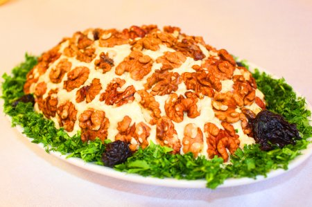 """Праздничный салат """"черепаха на траве"""""""