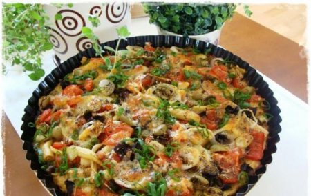 Картофельная запеканка с грибами и овощами