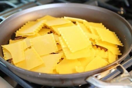 Лазанья на сковороде