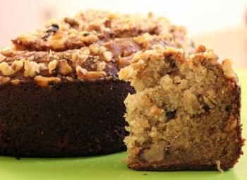 Ореховый пирог со сгущенкой
