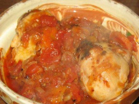 Куриные голени в томатном соусе