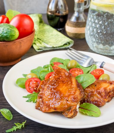Курица, запеченная в BBQ-соусе