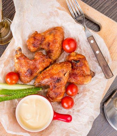 Куриные крылышки в соусе BBQ