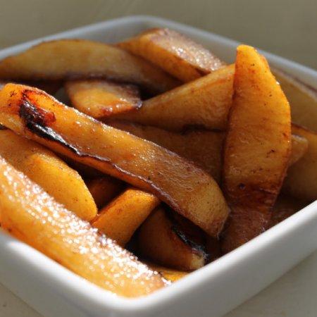 Сладкий тост с яблоками по-французски