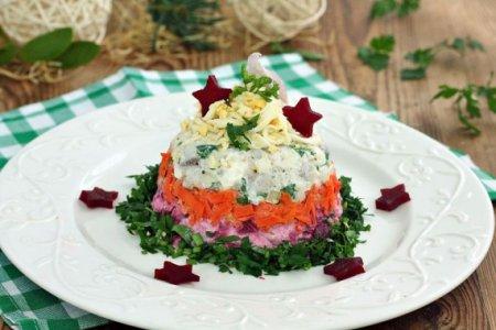 Слоеный салат из сельди